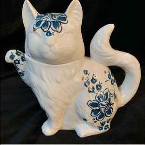 Cat Teapot from Anthropologie